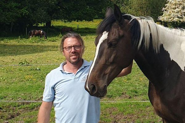 Fabien Brochard, moniteur du centre équestre à Lamballe