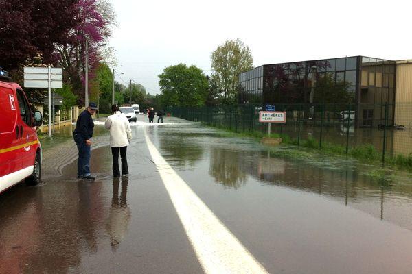 Buchères - route de Verrières (inondations)