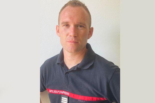 Geoffrey Jacque est pompier professionnel depuis 2007.
