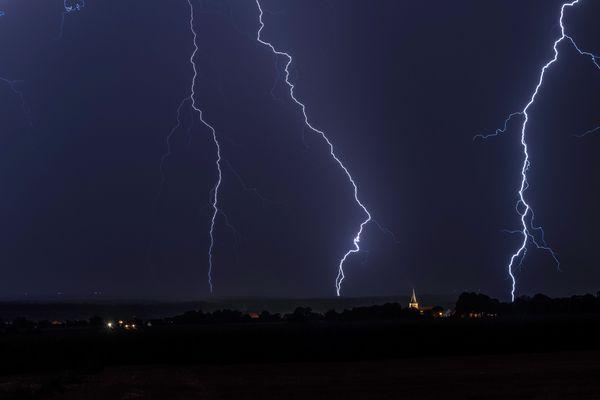 Orage à Surbourg (Bas-Rhin).