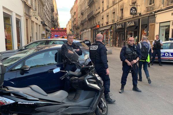 La rue Victor Hugo où le colis piégé a éxplosé se situe au sud de la place Bellecour, sur la Presqu'île de Lyon