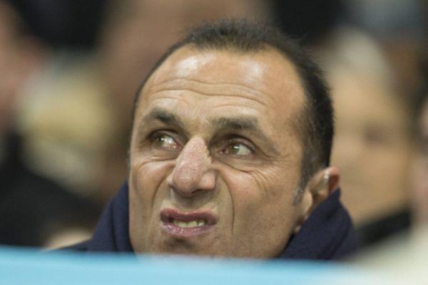 L'entraineur nantais Michel Der Zakarian durant le match FC Nantes / Stade de Reims à la Beaujoire le 25 janvier 2014