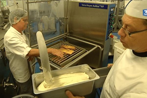 A Ruffiac : ce chef fabrique des glaces improbables