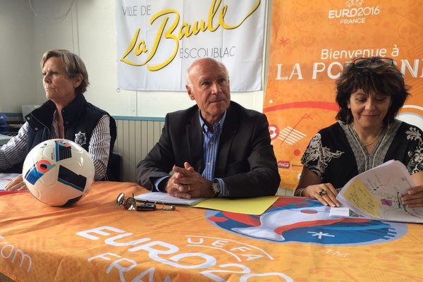 Yves Métaireau, maire (LR) de la Baule, a présenté le dispositif visant à accueillir la Pologne pour l'Euro 2016, le mardi 24 mai 2016.