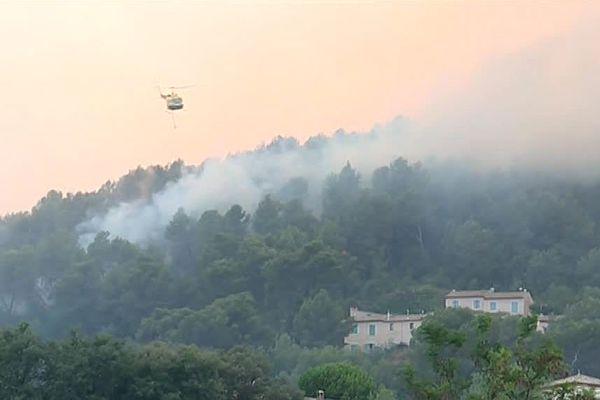 L'incendie a ravagé plusieurs dizaines d'hectares dans la commune de Carros, sur les hauteurs de Nice, en 2017.