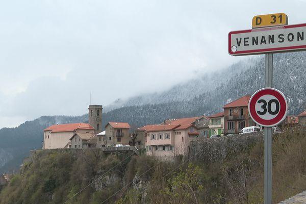 Vue du village de Venanson, dans les Alpes-Maritimes.
