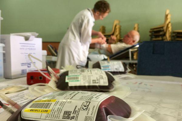 L'Etablissement Français du Sang et les associations de bénévoles organise des collectes supplémentaires durant la période estivale