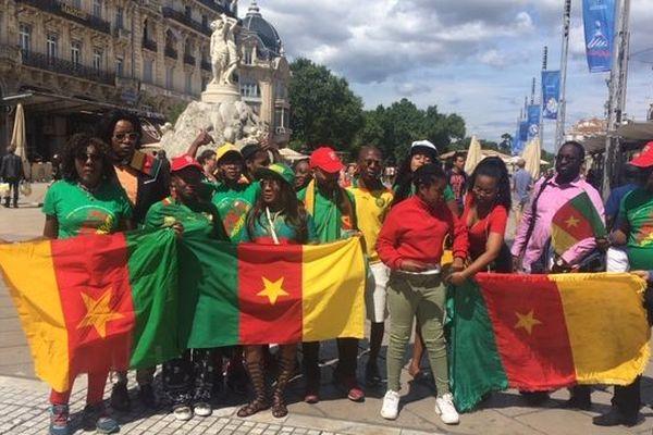 Montpellier - les supporteurs et supportrices du Cameroun sur la place de la Comédie avant le match - 10 juin 2019.