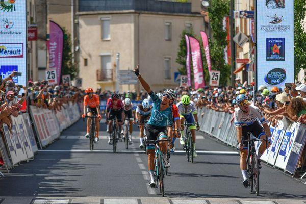 Bryan Coquard (BVC) remporte la 1ère étape de la Route d'Occitanie à Cazouls-les-Béziers.