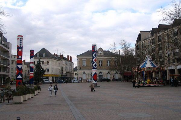 Place de la République à Châteauroux (Indre)