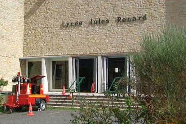 Le lycée Jules Renard à Nevers a été victime d'une importante fuite d'eau cet été