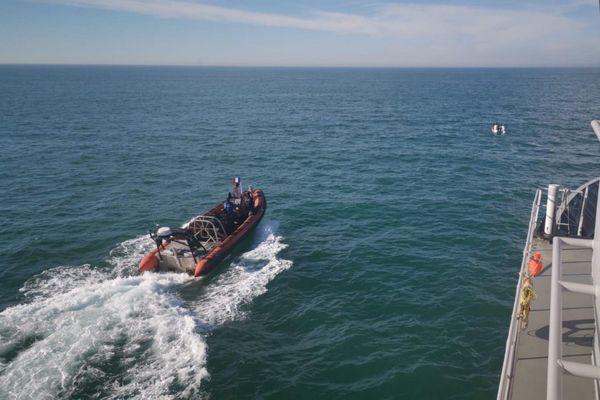 Les sauveteurs du CROSS Gris-Nez ont secouru deux embarcations de migrants en difficulté ce vendredi 31 juillet