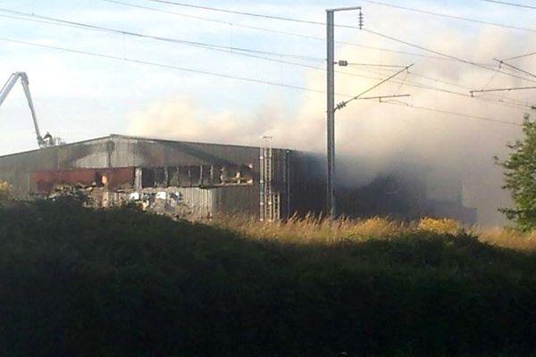 L'incendie a ravagé 400m² de bâtiment à Trignac