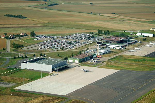 Vue aérienne de Lorraine Airport.