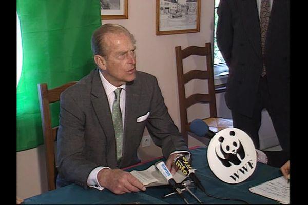 Président du fonds mondial pour la nature (WWF), le prince Philip avait répondu à l'invitation des opposants au projet de canal à grand gabarit dans la vallée du Doubs