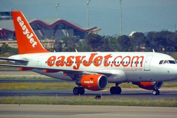 La compagnie à bas coûts EasyJet se lance sur le marché des navettes aéroportuaires en cassant les prix
