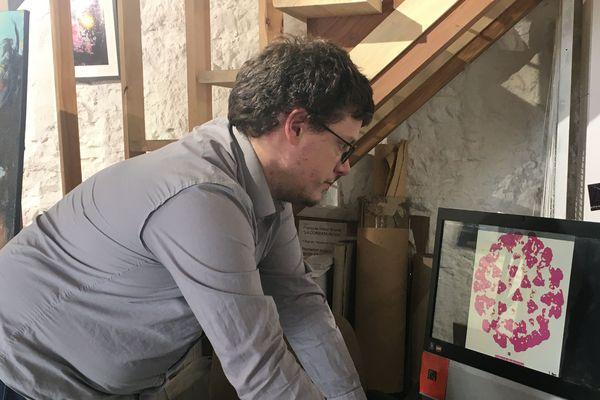 François-Victor Brunet a dématérialisé la programmation de sa galerie d'art pour continuer de la partager avec le public