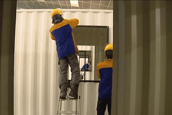 L'entreprise Logistic Solutions aménage des containers pour les migrants de Calais