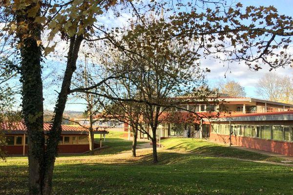 Le centre d'accueil des migrants à Saint-Hilaire-du-Rosier en Isère