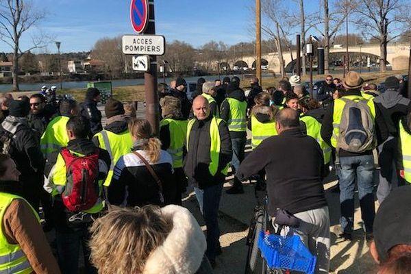 Rassemblement des gilets jaunes à Avignon