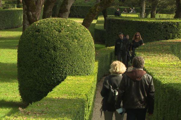 """La fréquentation des Jardins de Marqueyssac en périgord noir est en nette augmentation en ce début de vacances de la Toussaint, après un mois d'octobre """"catastrophique"""""""