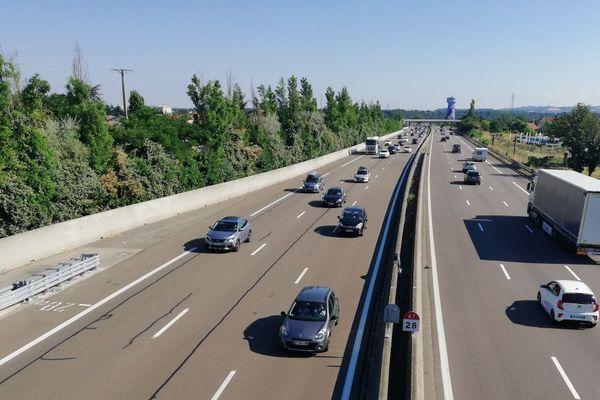Sur l'autoroute A7, un conducteur au volant d'un bolide intercepté à plus de 200 km/h près de Pont-de-l'Isère (Drôme) - Illustration archives