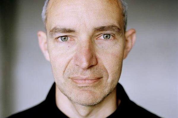 L'auteur héraultais Olivier Martinelli, révélé dans le roman noir, fait sa première incursion avec succès dans l'heroic fantasy.
