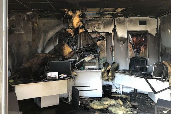 Le local a pris feu dans la nuit de mardi à mercredi