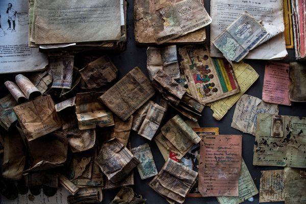 Des objets personnels ayant appartenu aux victimes du génocide - Photo d'illustration