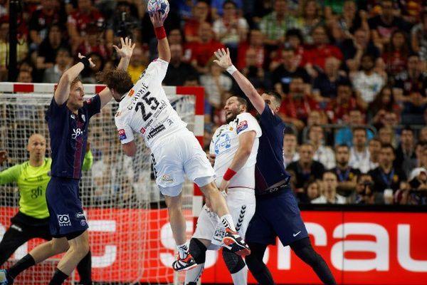 Rencontre au sommet entre le PSG Handball et le Vardar Skopje à la Lanxess Arena de Cologne, le 4 juin 2017.
