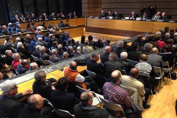300 maires et parlementaires du Bas-Rhin réunis à Strasbourg