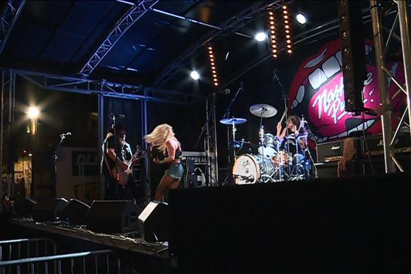 Les américains de Nashville Pussy ont mis l'ambiance dans le quartier de Saint-Michel