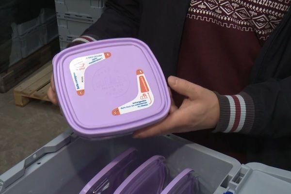 Pakadur stocke quelques 1 300 boîtes en verre à disposition des restaurants