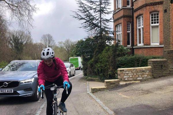 Adèle Henin s'apprête à parcourir les 1.200 km de la vélodyssée pour sensibiliser les personnes à la pollution des océans