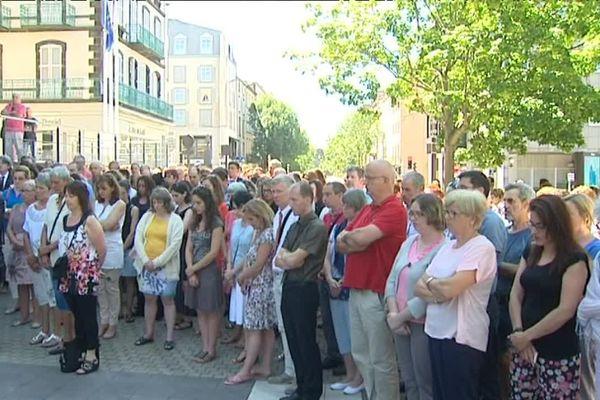 Clermont-Ferrand, le 18 juillet 2016 : minute de silence en hommage aux 84 victimes décédées le 14 juillet lors de l'attentat de Nice.