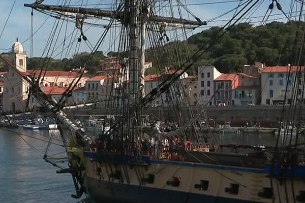 L'arrivée de l'Hermione à Port-Vendres
