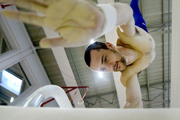 Cyril Tommasone tentera de décrocher une médaille au cheval d'arçon. Les JO de Tokyo 2021 sont probablement ses derniers jeux