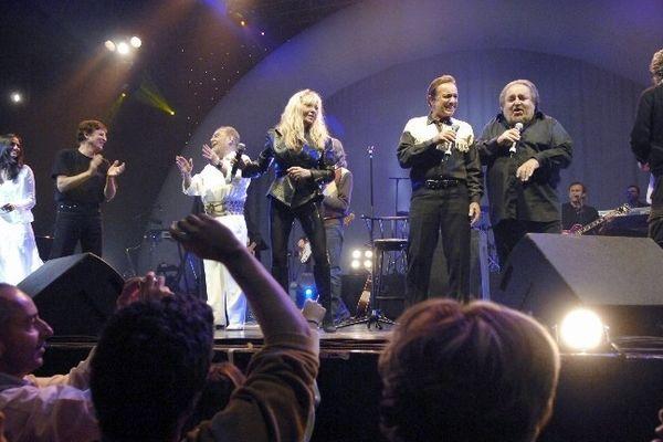 Les chanteurs de Age tendre et tête lors de la tournée de 2006.