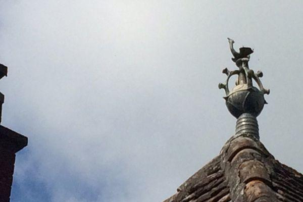 Les épis de faîtage de Magnac-Bourg en Haute-Vienne