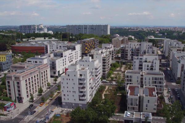 Ces petits immeubles ont remplacé les grandes barres HLM depuis 10 ans dans le quartier de la Duchère à Lyon