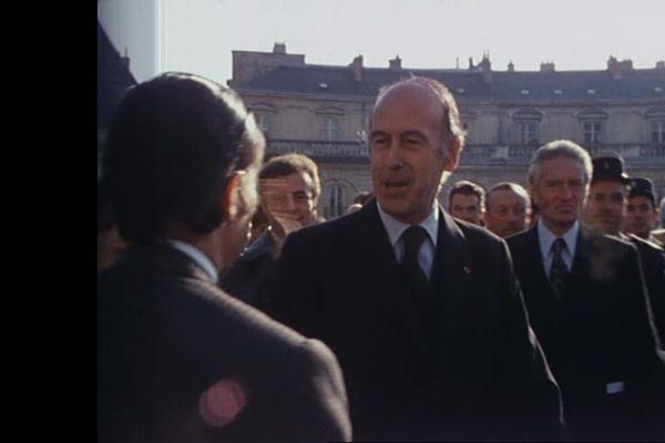 VIsite de Valéry Giscard d'Estaing à Dijon, le 24 novembre 1975