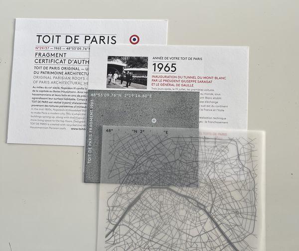 Fragment recyclé de zinc provenant des toits de Paris.
