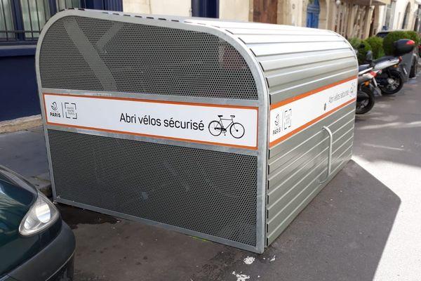 Deux Vélobox ont été installés dans le IVe arrondissement de Paris.