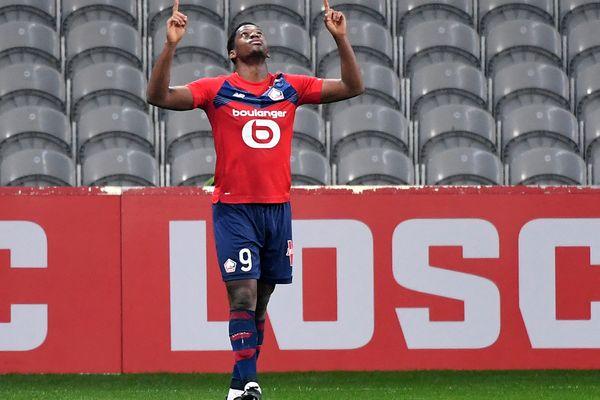 L'attaquant lillois Jonathan célèbre son but face à l'Olympique de Marseille au stade Pierre-Mauroy à Villeneuve d'Ascq le 3 mars 2021.
