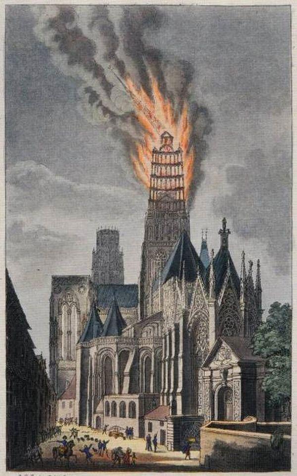 """Gravure extraite du livre de Eustache-Hyacinthe Langlois intitulé """"Notice sur l'incendie de la flèche de la cathédrale de Rouen en 1822"""""""