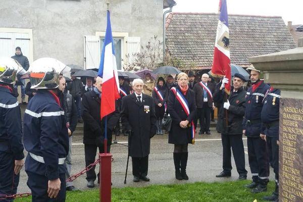 Une précédente cérémonie du 11 novembre à Holtzheim (Bas-Rhin).