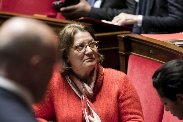 La députée du Cher Nadia Essayan a voté contre le projet de loir Asile et Immigration. Elle est la seule du Centre-val de Loire a avoir été présente pour ce vote en seconde lecture à l'Assemblée nationale.