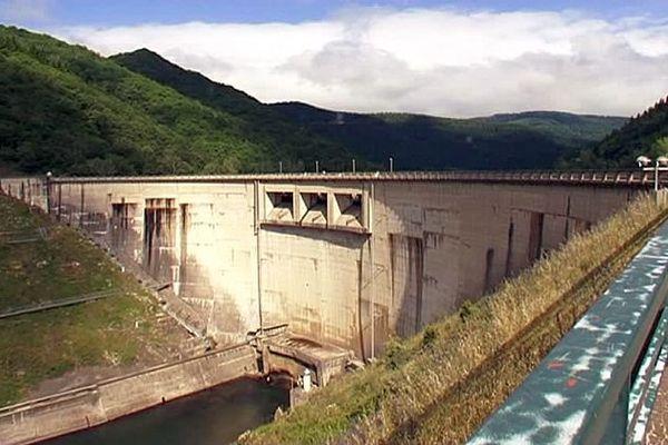 Avène (Hérault) - le barrage des Monts d'Orb - juin 2016.