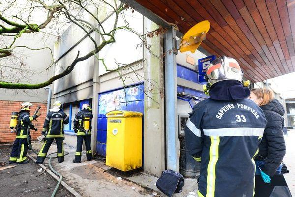 Un bureau de poste aux Aubiers avait été incendié lors de la nuit du nouvel an.