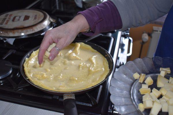 La farinade peut être déclinée avec du Saint-Nectaire ou des pommes de terre.